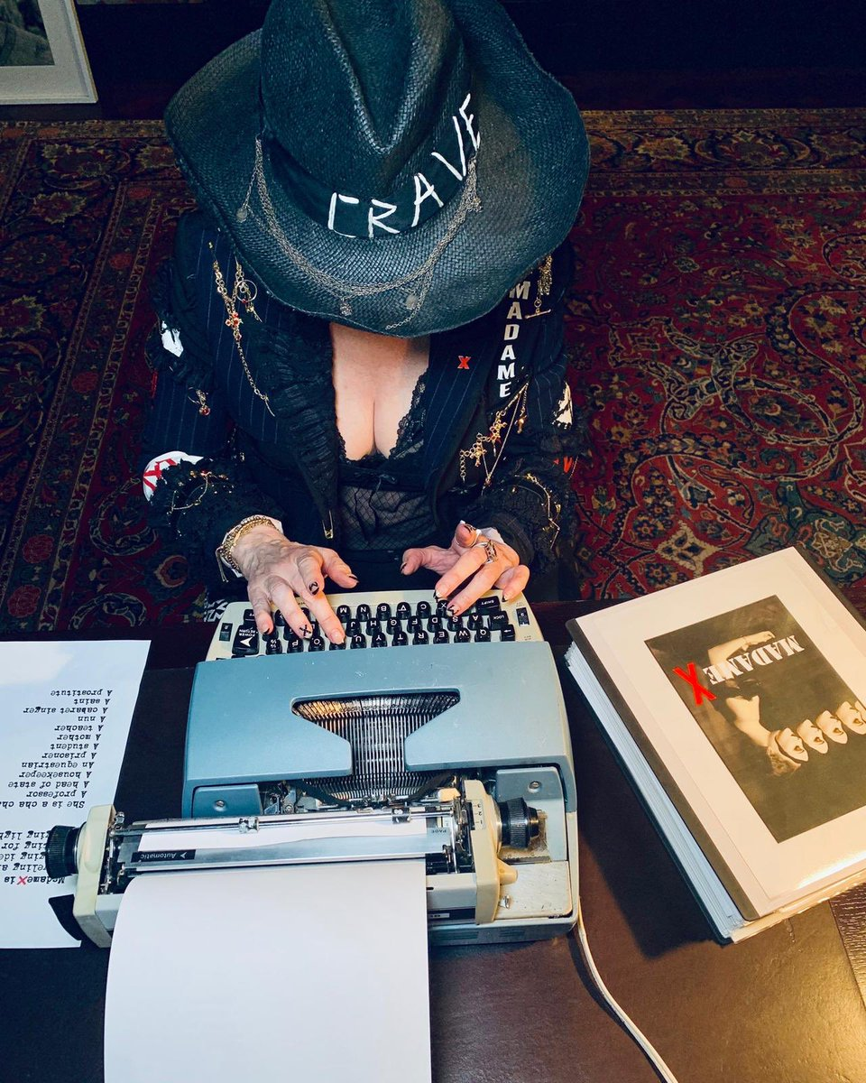 Madame ❌ is answering your questions now: https://t.co/26xRb2HZz6 https://t.co/vaaUzMLymI