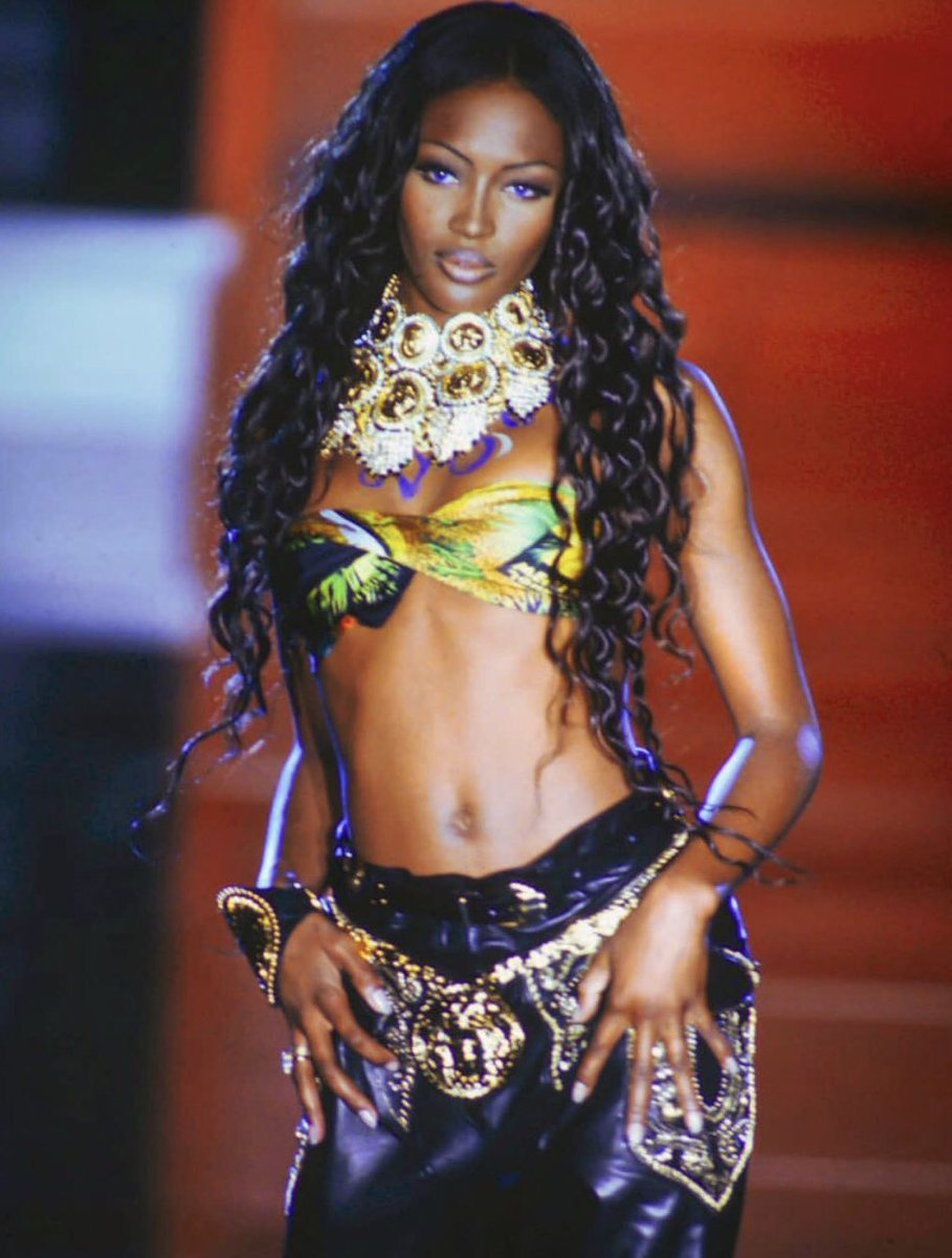 Happy Birthday Queen @NaomiCampbell https://t.co/BCi18syStX