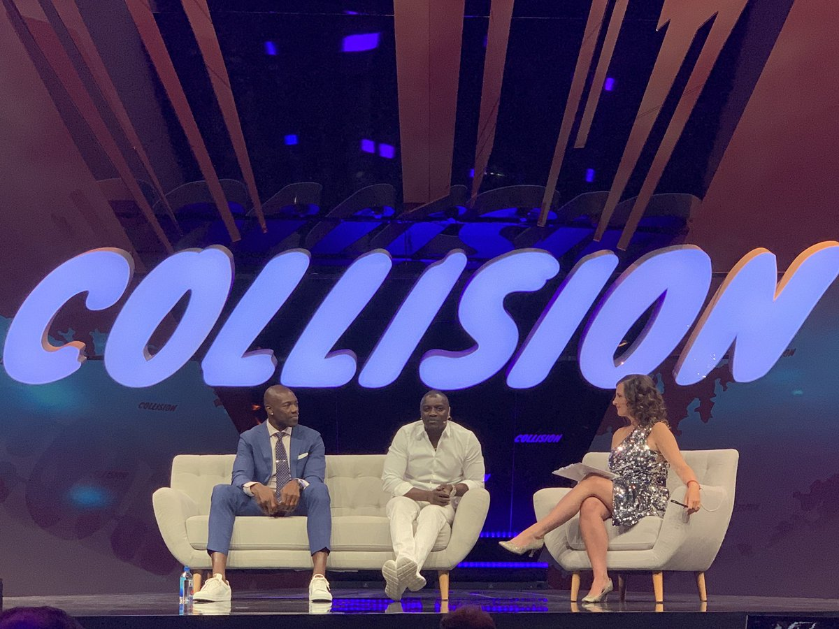 On stage with @terrellowens @CollisionHQ #tech @AkoinOfficial https://t.co/m02Q1I16c1