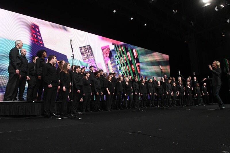 #RT atd: Many thanks to Eric Whitacre and this fantastic in-person choir for closing out a great keynote about the intersection of art and technology! #ATD2019 #ATDMoments https://t.co/AzLkFjLHjQ