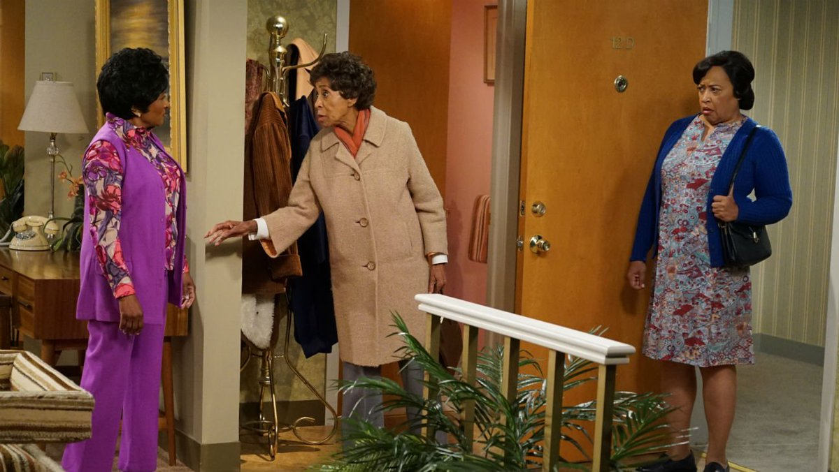 Original 'Jeffersons' star Marla Gibbs makes surprise cameo in ABC live special