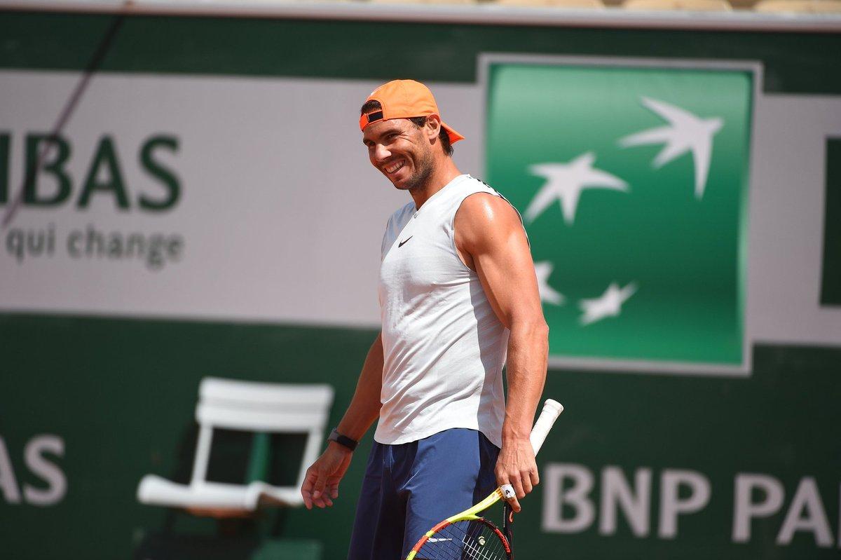 test Twitter Media - Rafael Nadal, getting ready for Paris... 💪🏻 #RolandGarros2019 #FrenchOpen https://t.co/4DYbm4Nyra