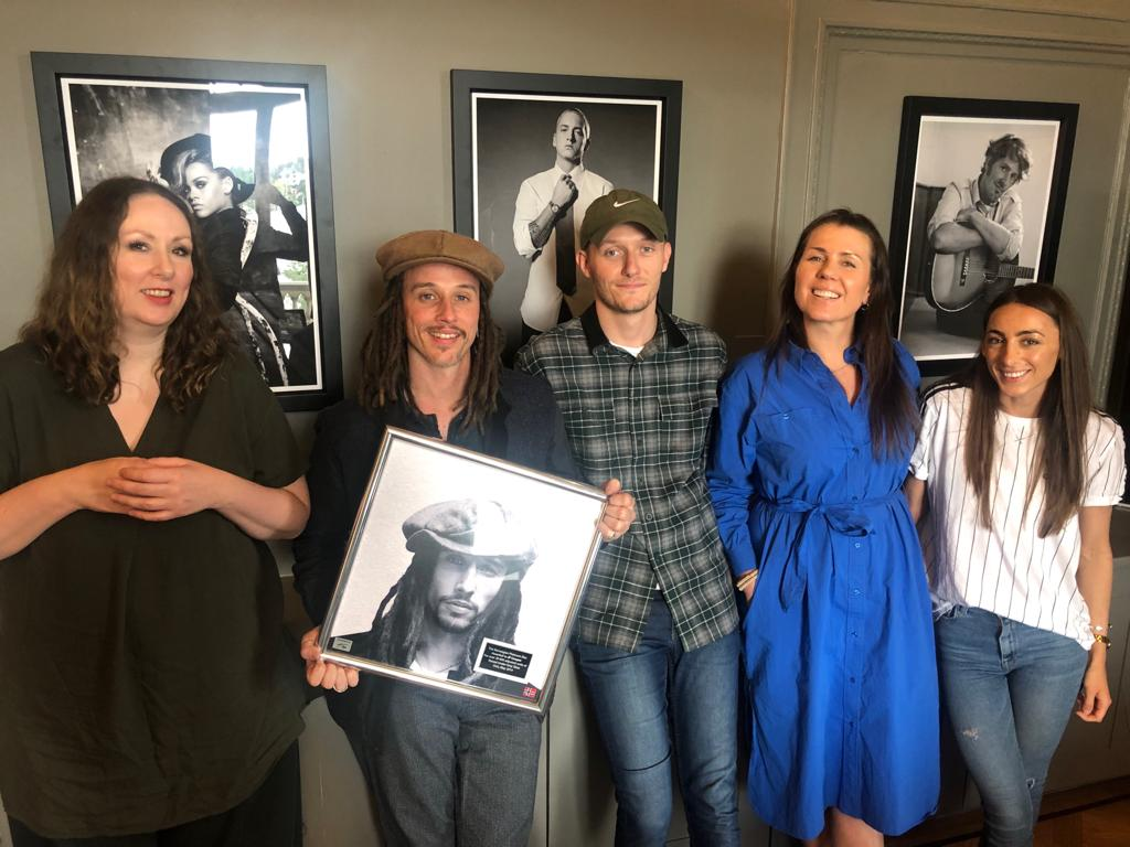 Raised Under Grey Skies has gone platinum in Norway..  🇳🇴🙌🏻 Thank you all so much! https://t.co/ks9K4x5drH