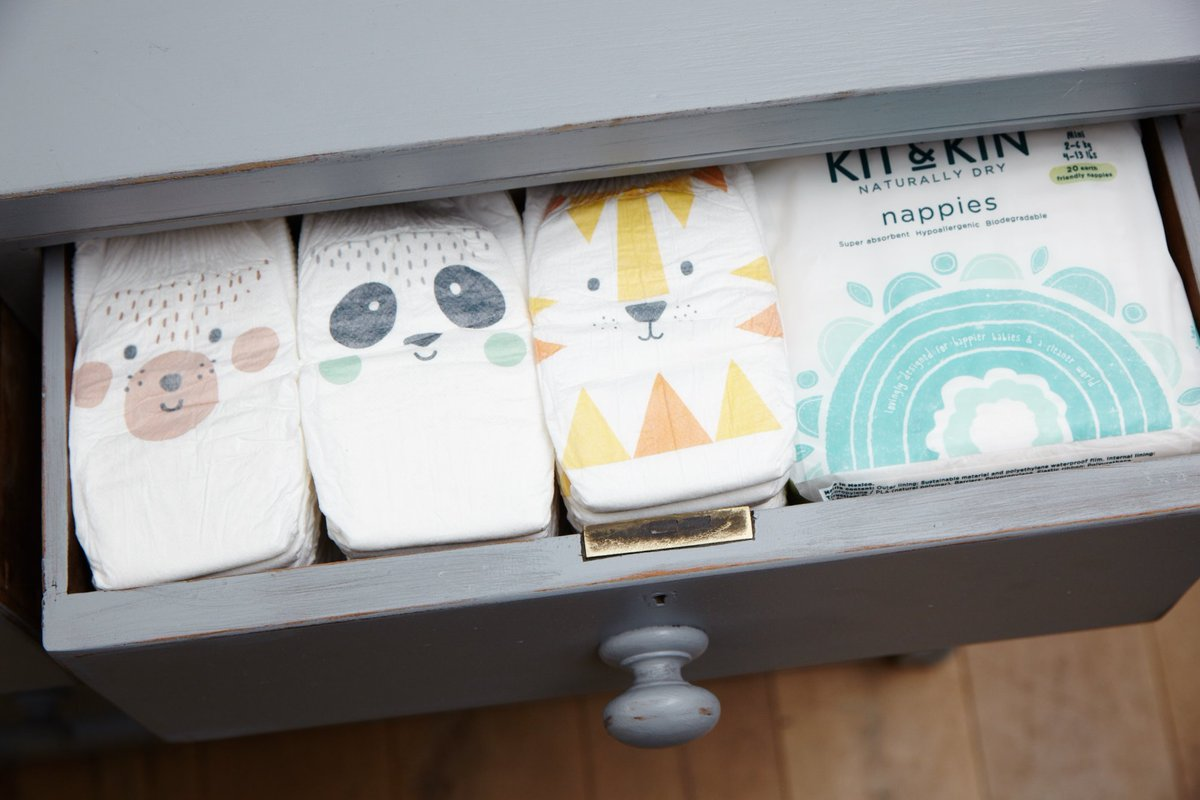 RT @KitandKinUK: The level of satisfaction when your nappy drawer is all organised ???? https://t.co/aE61jWfxKS
