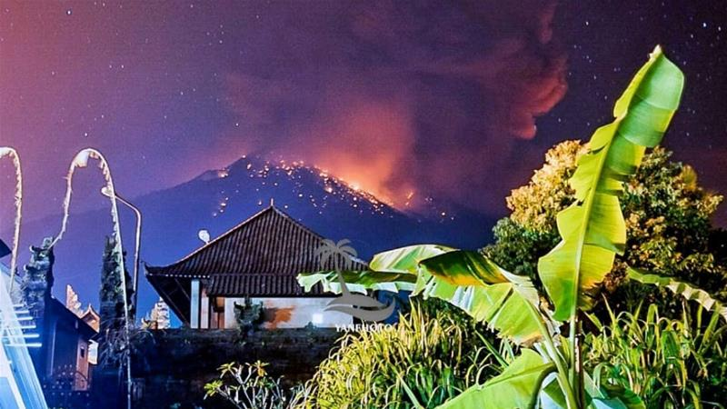 Volcano erupts in Indonesia's Bali, disrupts Australia flights