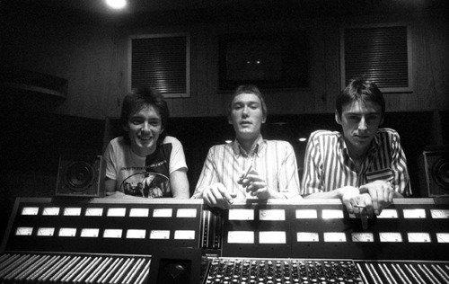 Happy Birthday Paul Weller. Here he is, with some band members, in Townhouse Studios, Shepherd\s Bush, earlier.