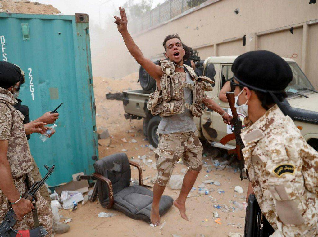 Heavy fighting in Libyan capital