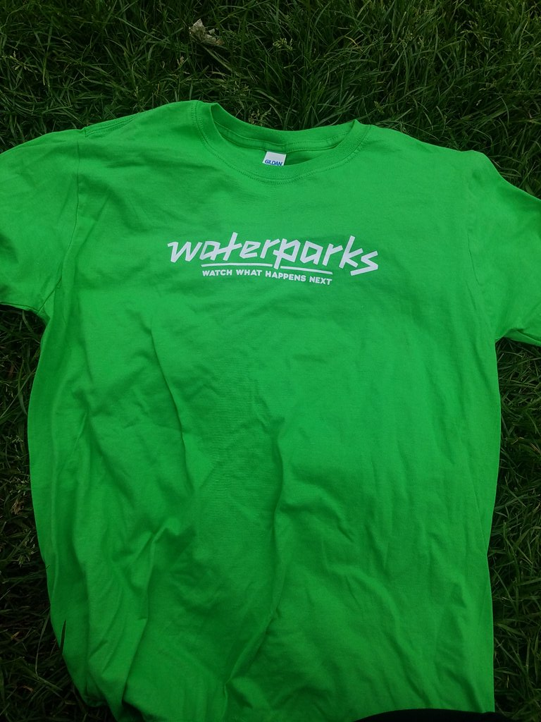 RT @hopelessrecords: HANDING OUT THESE GREEN @waterparks T-SHIRTS! What could this mean?? 👀 https://t.co/2uf4Qp6Tn3