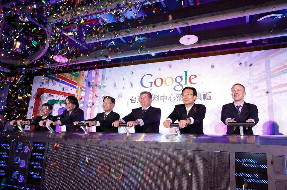 test Twitter Media - Taiwan Will Train 10,000 #AI Workers Per Year   For Google, Microsoft And More To Meet Rising Demand   https://t.co/oKKxlGRhVu #fintech #insurtech #ArtificialIntelligence #MachineLearning #robotics @laowiseass #futureofwork @pierrepinna @Xbond49 @jblefevre60 @antgrasso @UrsBolt https://t.co/5SDrpNe1EO
