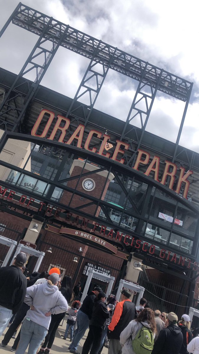 Back at it.... So sad it's not AT&T anymore. Hello Oracle Park!! Home of the Champions              ⚾️🧡🖤🧡⚾️...