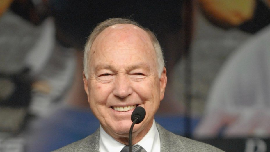 Bart Starr, Hall of Fame Green Bay Packers QB, dies at 85