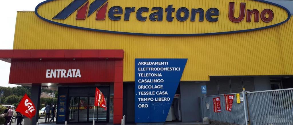 #MercatoneUno