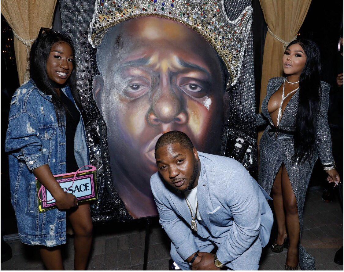 My baby @Tyanna810, @LilCease, Biggie, and me just taking a family photo ???? https://t.co/tScX17sFGB