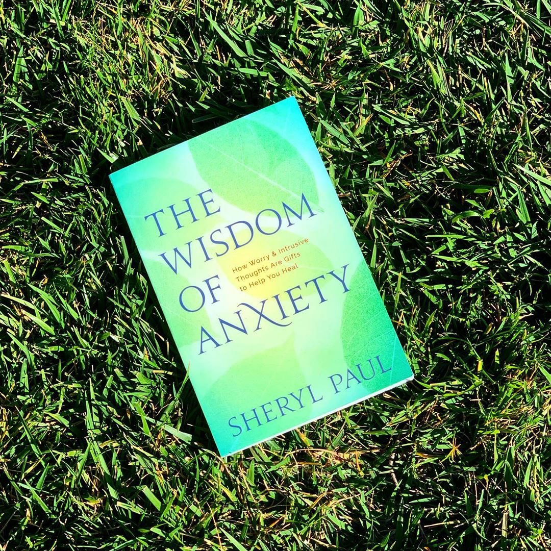 such a special book. @sherylpaul_wisdomofanxiety #mentalhealthawareness #somanypathstoregulation ????????✨ https://t.co/dEVX0hYZAG