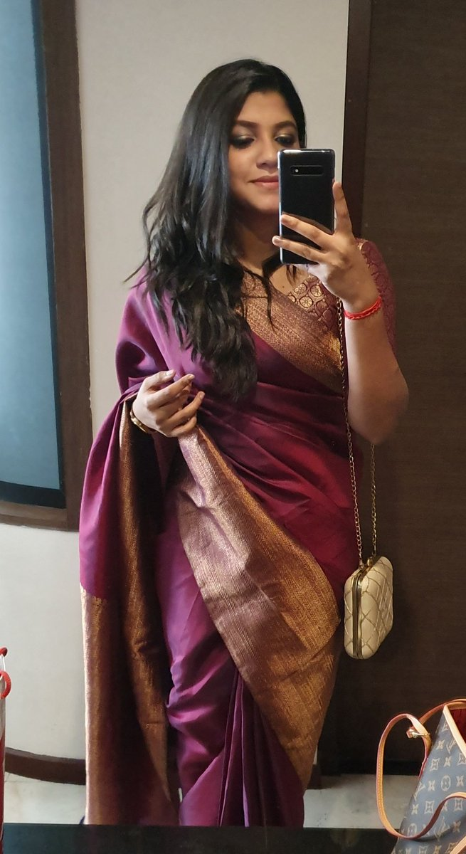 #sareelove cant get over this kancheepuram beauty! 💜