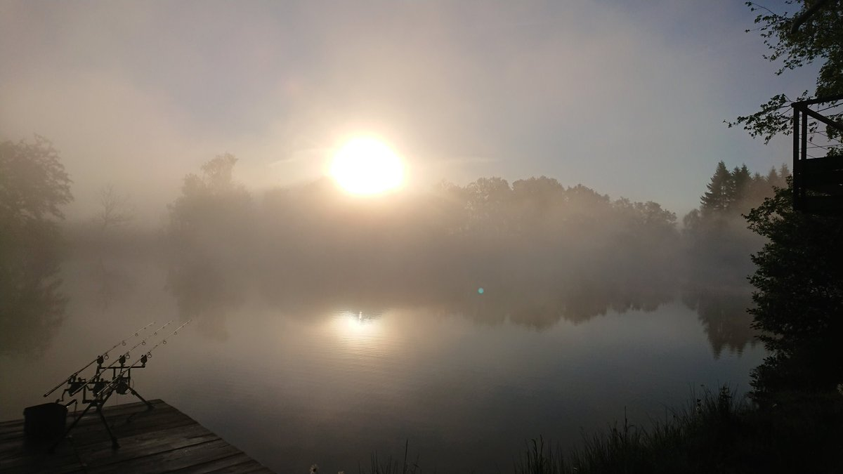 What an absolutely stunning morning. @AnglingLines #birch<b>Water</b> #carpfishing #carpfishingfranc
