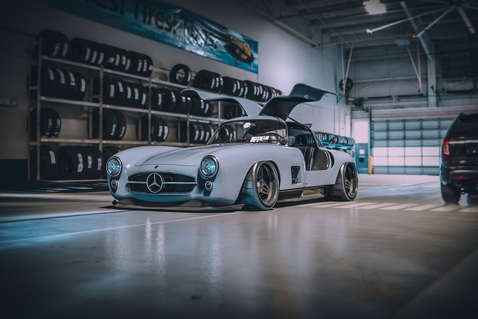 I wanted to do my own @lto_livetooffend interpretation of the legendary Mercedes 300SL Gullwing for a long time. I widened the OEM body a... https://t.co/KSRee8vLqL