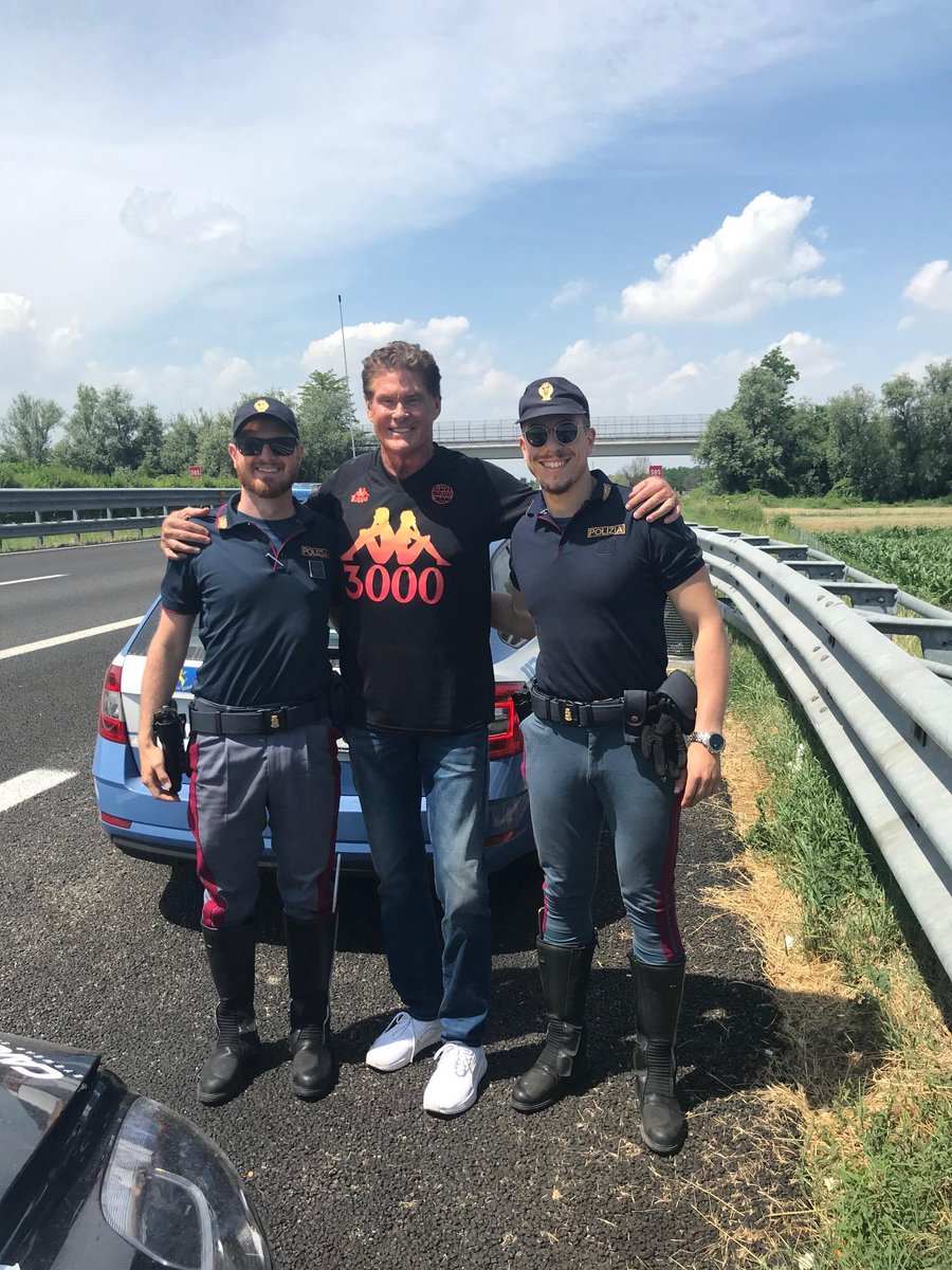 "Pulled me over but wanted a photo with their what they said was ""Their HERO !! Life is good!!  #gumball3000 https://t.co/I1ZIHXpg78"