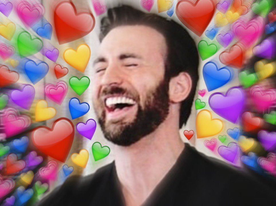 HAPPY 38TH BIRTHDAY CHRIS EVANS!!!!!! wishing you all the best on this fine day