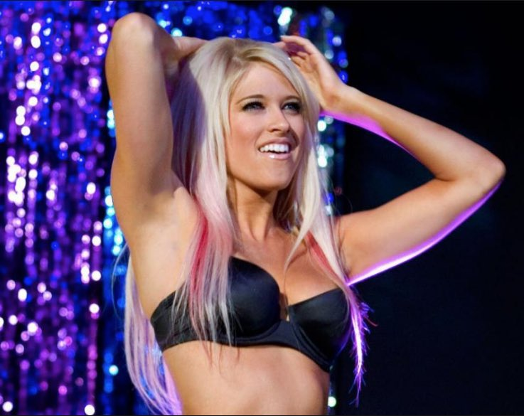 RT @KellysLIVin: 13 years ago today, Kelly Kelly made history by just debuting at 19 years old! #13YearsofKellyKelly https://t.co/yao3cXV6h9