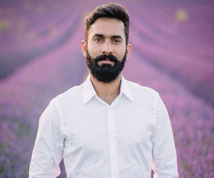 Happy birthday Dinesh Karthik have a great year.. Good luck for the World Cup.. God bless you.