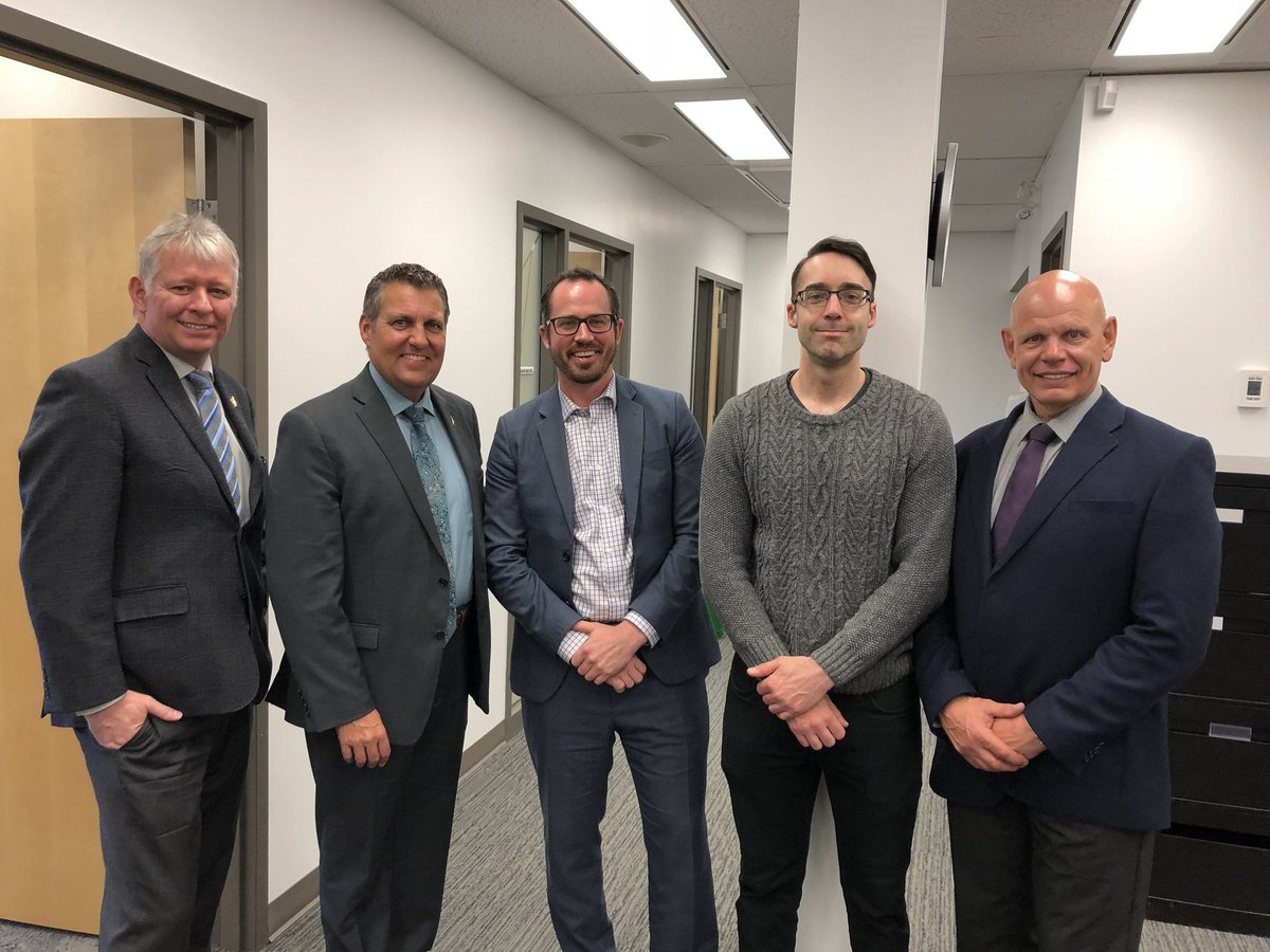 test Twitter Media - Great meeting with Senior Crown Attorney Kyle Parker, members of Thompson's Manitoba Prosecution Service team, sheriffs and court clerks. Happy to hear that our investments in the community will help enhance access to justice for Manitobans in the North. #mbpoli https://t.co/E15Ip4wiXs