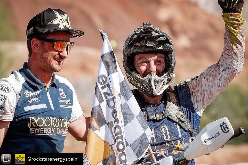 What a team ! 💪. @Husqvarna1903 @Rockstar_Racing #rockstarhusky https://t.co/szeUcesuxk