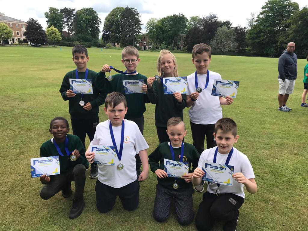 test Twitter Media - Y5 Cricketers with their silver medals. Winning 3 games out of 4 @KingsHeathSP event. https://t.co/RjYZ42Nrqm
