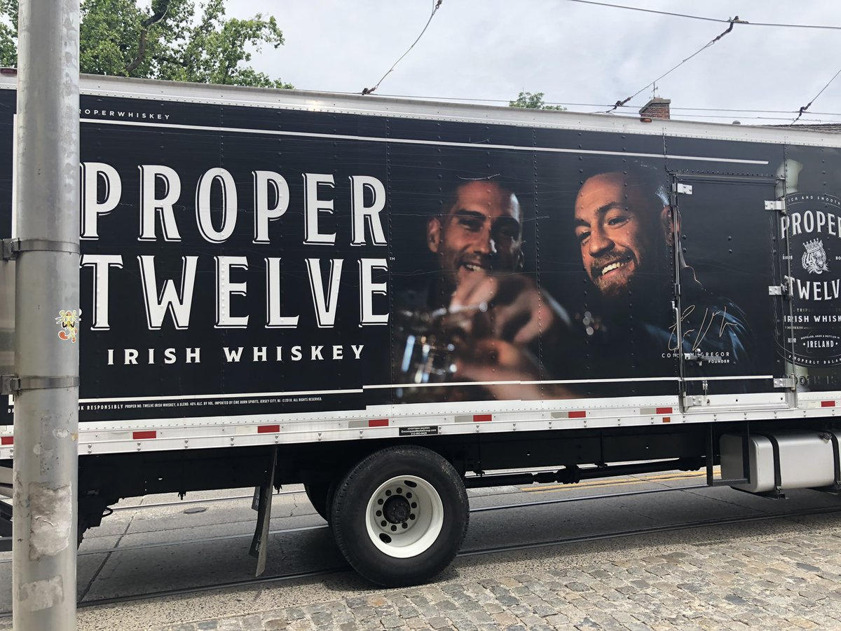 RT @burnsy9389: The champ is here in Philly @TheNotoriousMMA #ProperTwelve cheers https://t.co/hwMa7T56gD