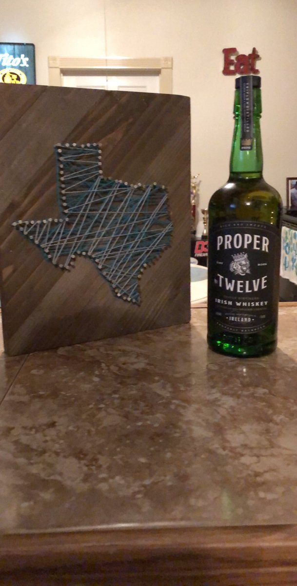 RT @T_pelitire3: Texas with @ProperWhiskey ready to see what it's all about @TheNotoriousMMA https://t.co/NVTD07YNu3