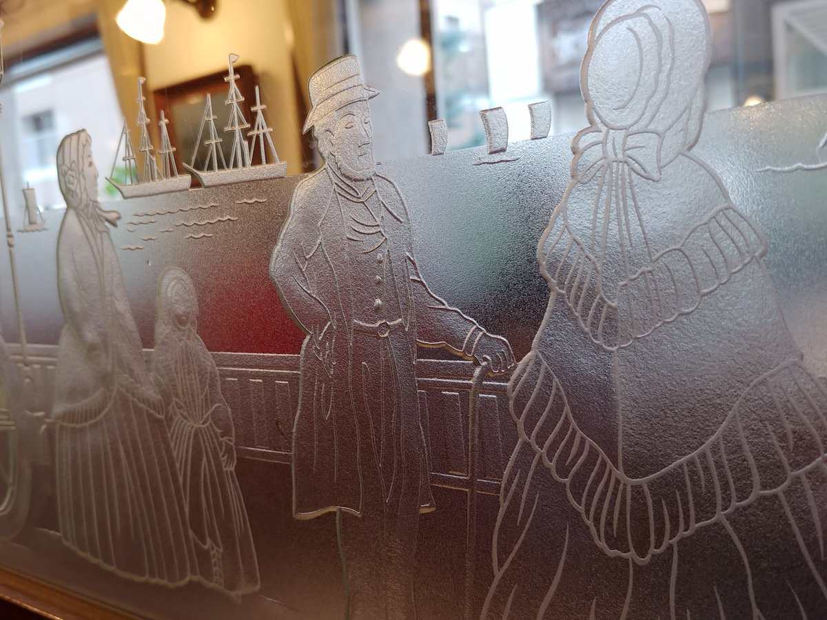 test ツイッターメディア - 馬車道十番館のガラス https://t.co/RfzSontLEH