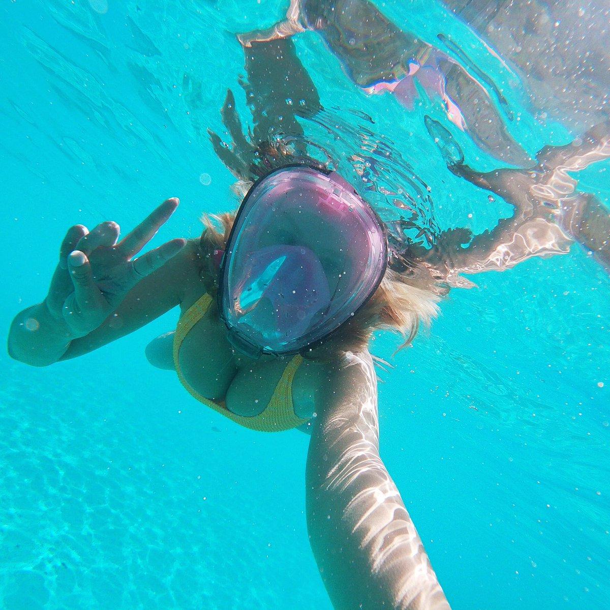 Ever wondered what #DarthVader looks like snorkelling? .... https://t.co/YQbjmatp5I