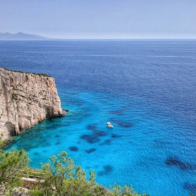 test Twitter Media - Goodbye Zakynthos. It's been delightful. #clear #blue #seaview #bright #Greece #zakynthos #coastline #travels #summer https://t.co/koT6faQRss https://t.co/PVvp4OU1Ta