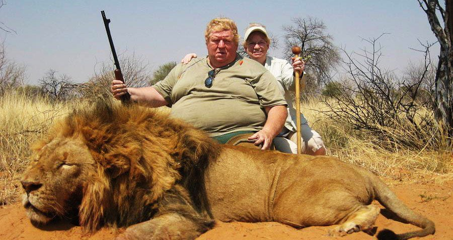 RT @akkitwts: Please retweet if you think that there should be a global ban on trophy hunting. https://t.co/ADWEYS7OH7