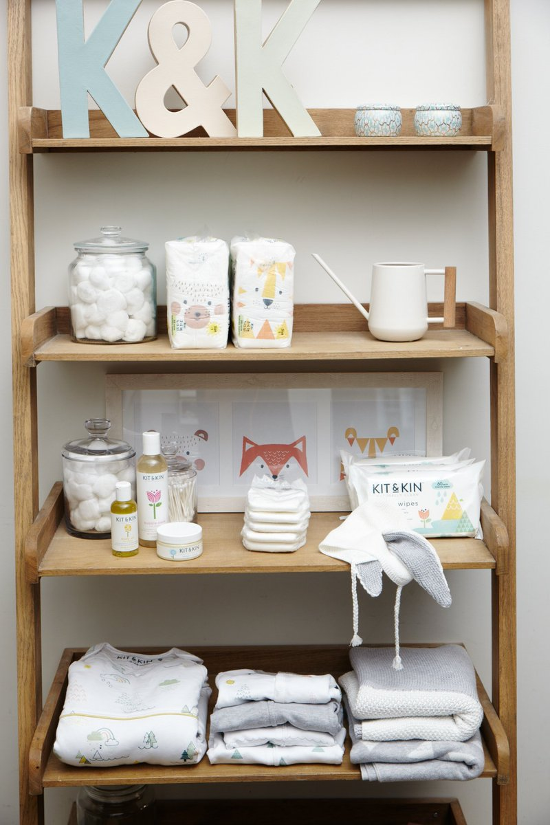 RT @KitandKinUK: Nursery essentials for baby ???? https://t.co/auy64kcUvC