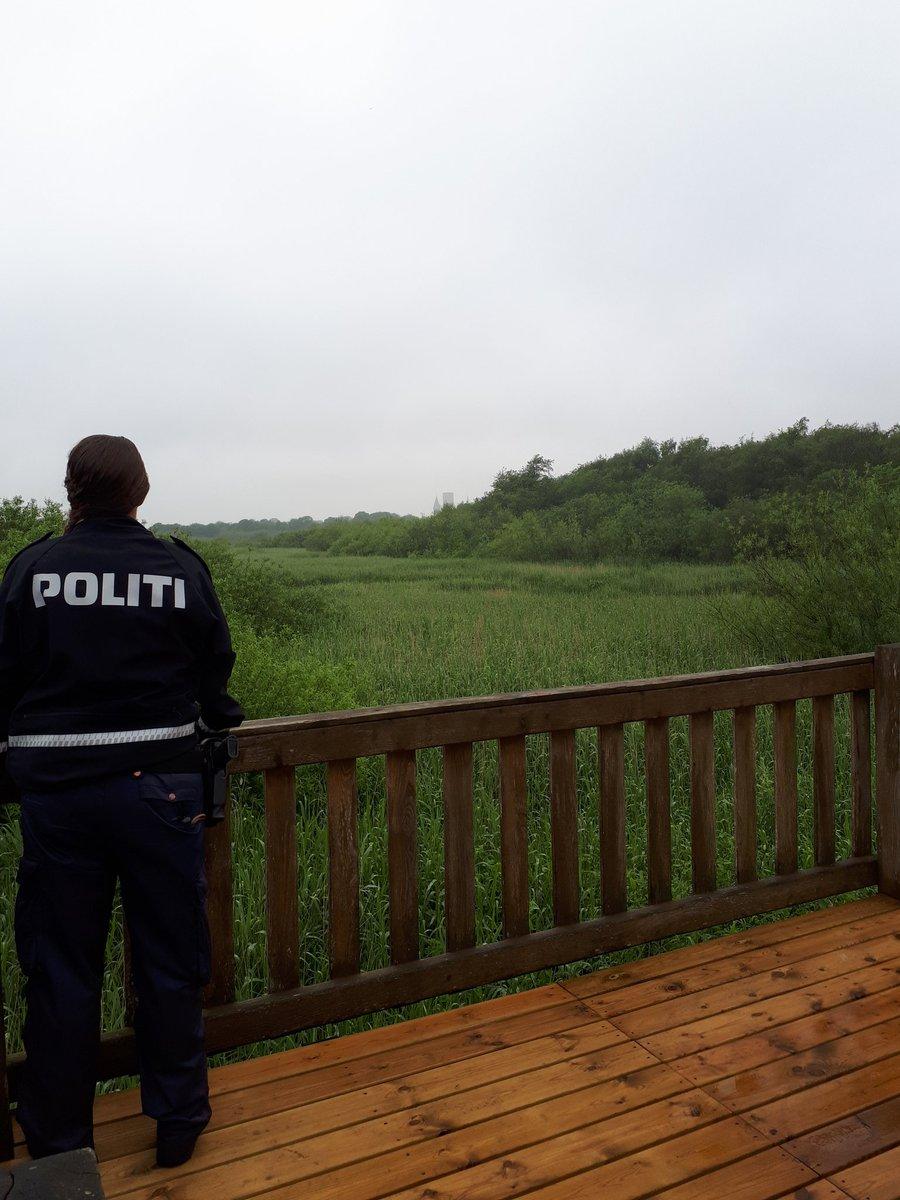Ungepatrulje #opsøgende på de mindre kendte stier og opholdssteder i og omkring Ribe midtby. #forebyggelse #politidk https://t.co/byp1NShwa0