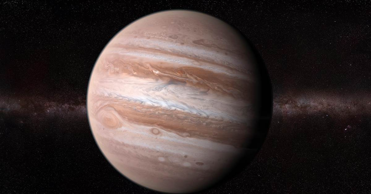 A big and bright Jupiter puts on a planetary show this June