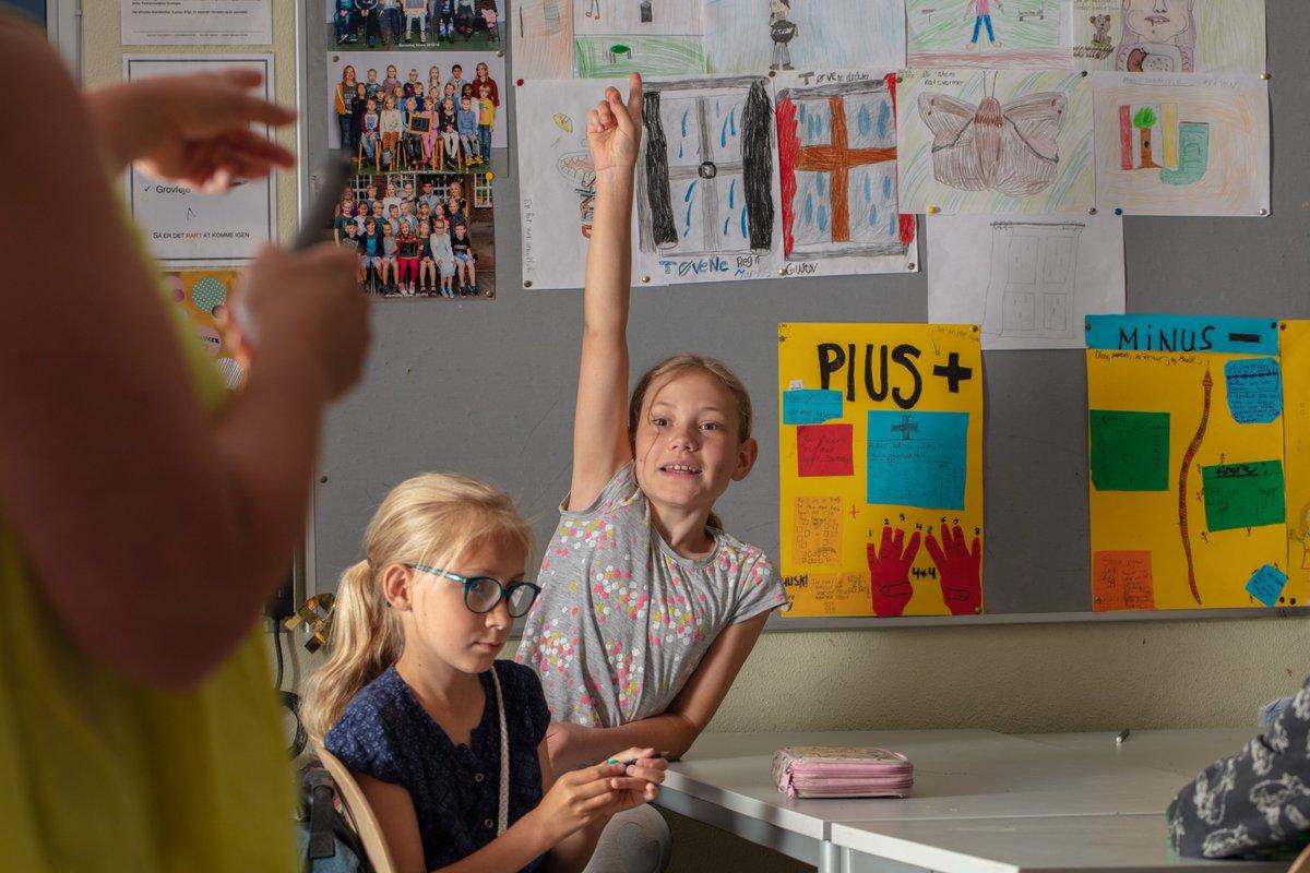 test Twitter Media - Et nyt europæisk forskningsprojekt gør op med årtiers fokus på test og målinger og lytter til dem, det egentlig drejer sig om: Børnene. Og det ser ud til at give både faglige og sociale gevinster.  #dkforsk #skolechat #pædagogik #inklusion  https://t.co/GMyJHmNrF5 https://t.co/kNfLDUuct8
