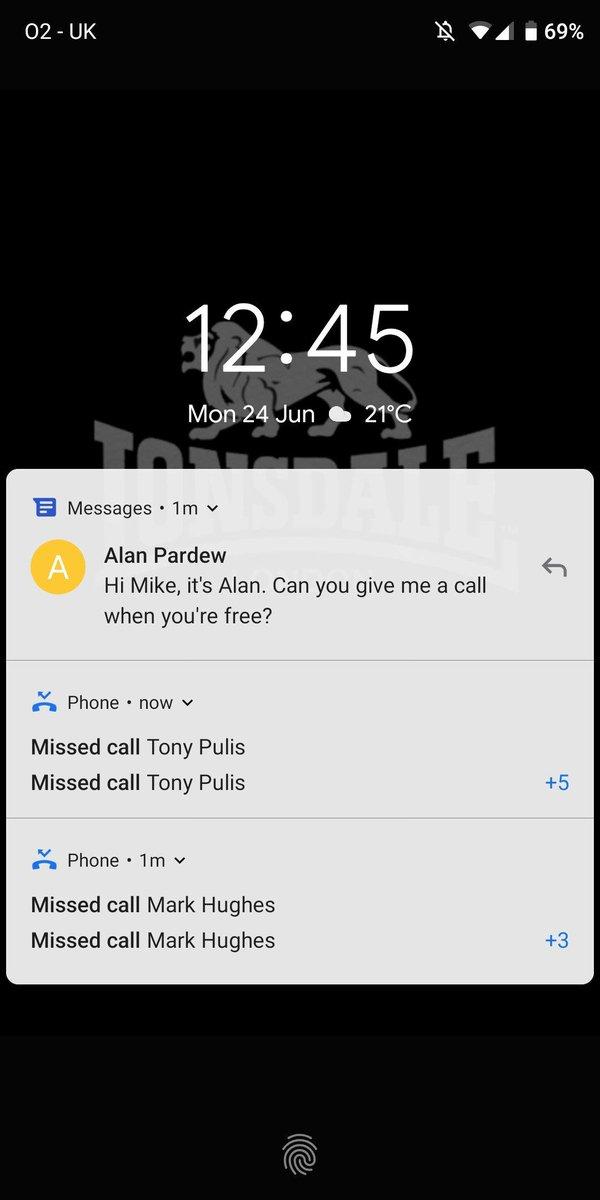 RT @JonnyGabriel: Mike Ashley's phone right now. https://t.co/my5qt6F3gA