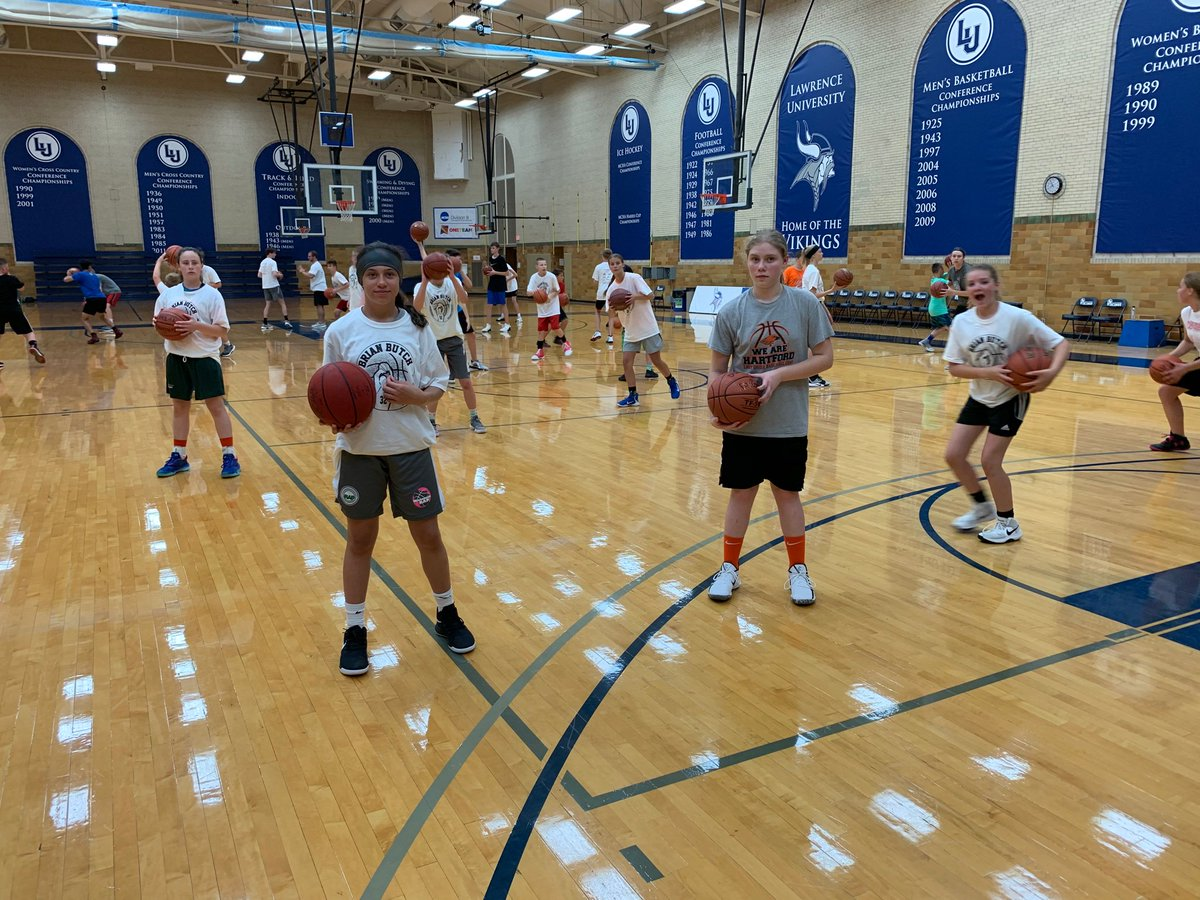 test Twitter Media - Ariana & Lucy from @HUHSgirls_bball working hard on their game at Post Camp! #elevateyourgame https://t.co/nAPWfRfG9e