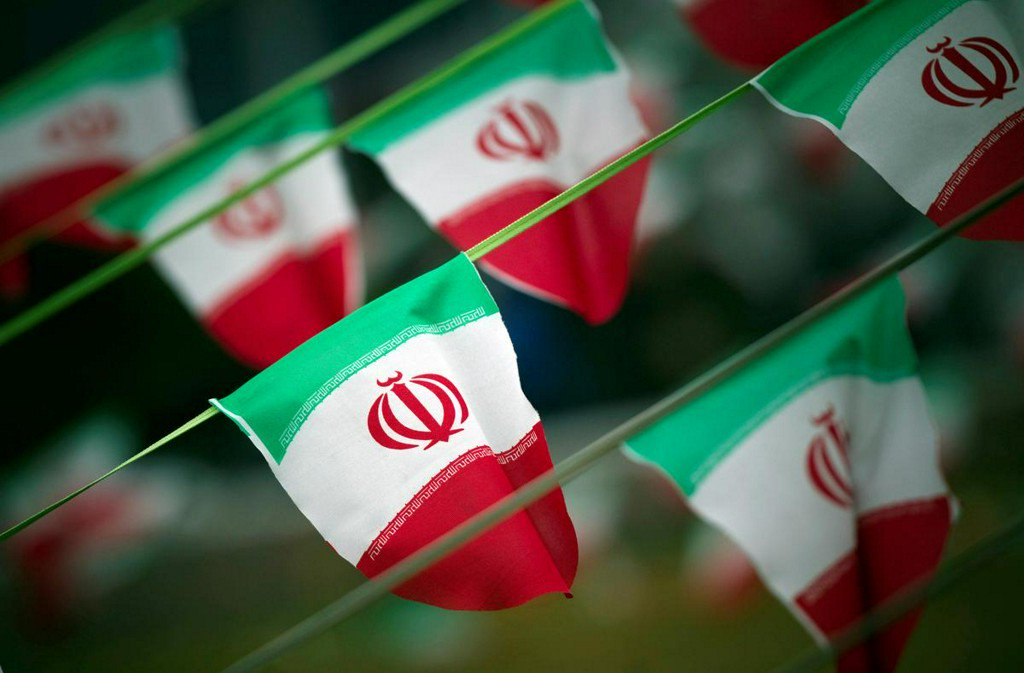 Europeans warn Iran against reducing nuclear deal commitments