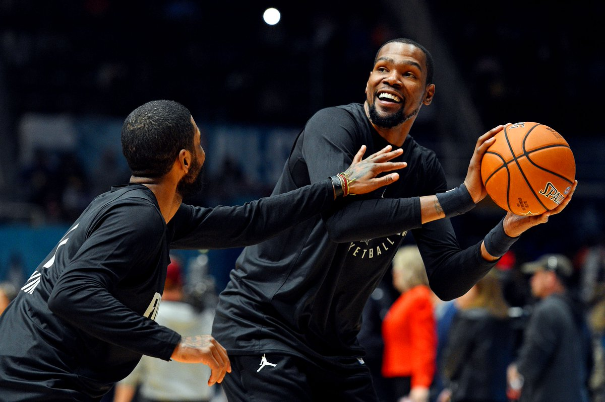 """test Twitter Media - Report: Kevin Durant, Kyrie Irving Have """"Met Twice"""" To Discuss Meeting Up #DubNation #Celtics #NBATwitter https://t.co/TBxTPiCtZm https://t.co/bJuZBrh69w"""