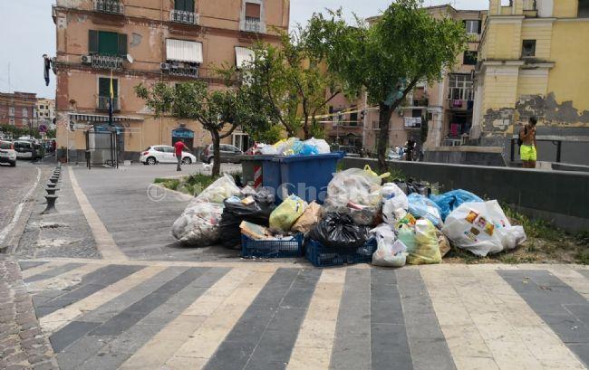 test Twitter Media - #PoliticaLavoro #Castellammare - Emergenza rifiuti, Di Martino attacca il sindaco: «rifiuta collaborazione, incapace di gestire il problema»  LEGGI LA NEWS: https://t.co/5y2w7i7Hqc https://t.co/WNhhldbGSM