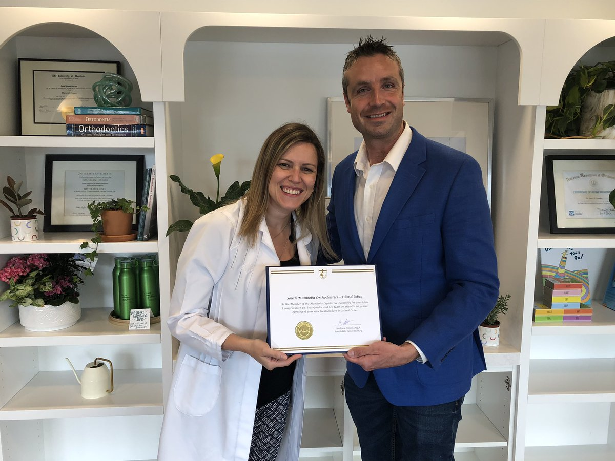 test Twitter Media - Welcome to the community Dr. Ines Guedes! Dr. Guedes is the owner of South Manitoba Orthodontics, which recently opened here in Island Lakes by the clock tower. #mbpoli #SmallBusiness https://t.co/U8LbXfnKv0