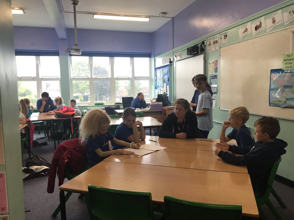 Our Silver Ambassadors @IvanhoeCollege are getting stuck in teaching our soon to be Bronze Ambassadors from the local primary schools! #schoolsport 📝