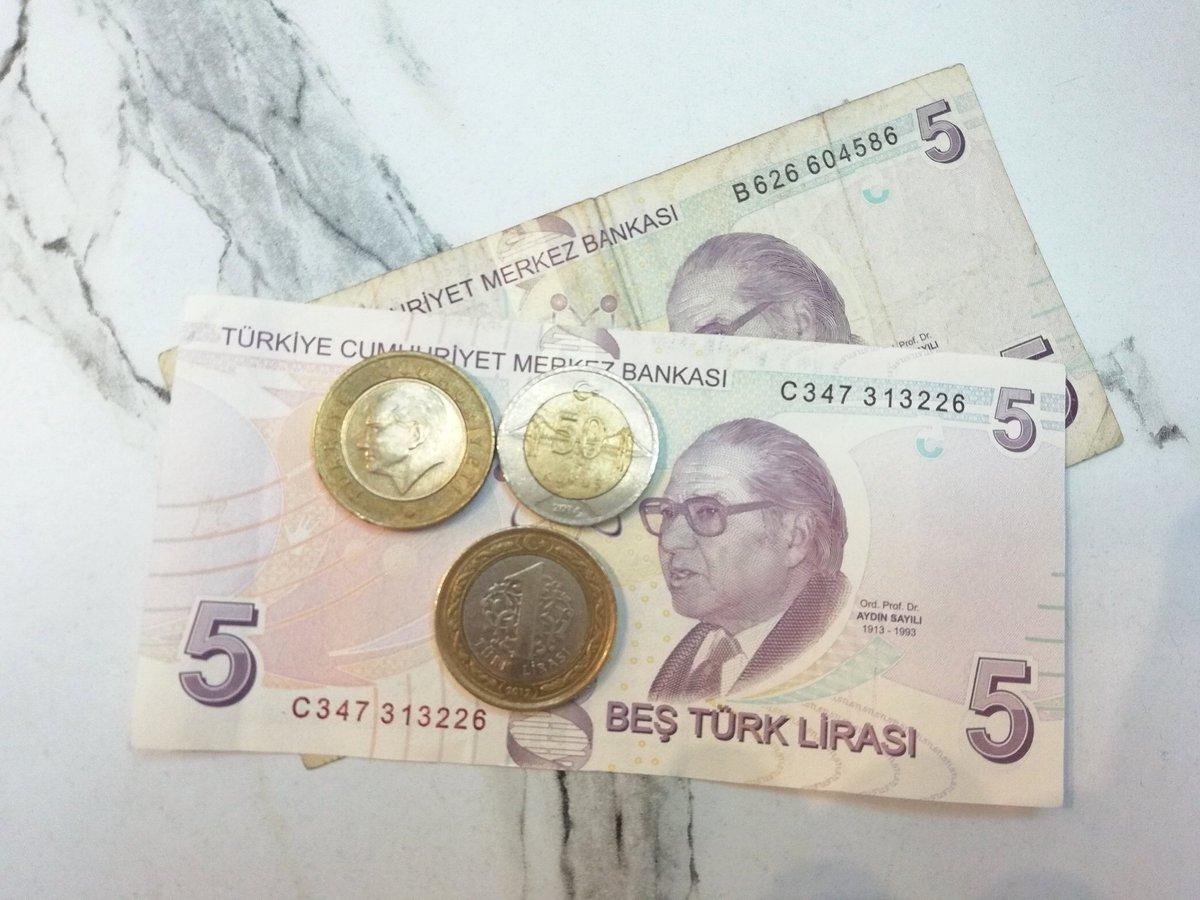 test ツイッターメディア - 最近初めてトルコに行った日本人旅行者は、「トルコの物価は安い」と言うけど、それはある意味正しくて、ある意味間違い。  私が初めてトルコに来た8年前は、1リラが約55円で、4年前は50円。そして今は18.5円。年々物価は上がってるけど、リラの下げ幅が大きすぎるがゆえに、物価が安く感じるのです。 https://t.co/U4HUAEyPDp
