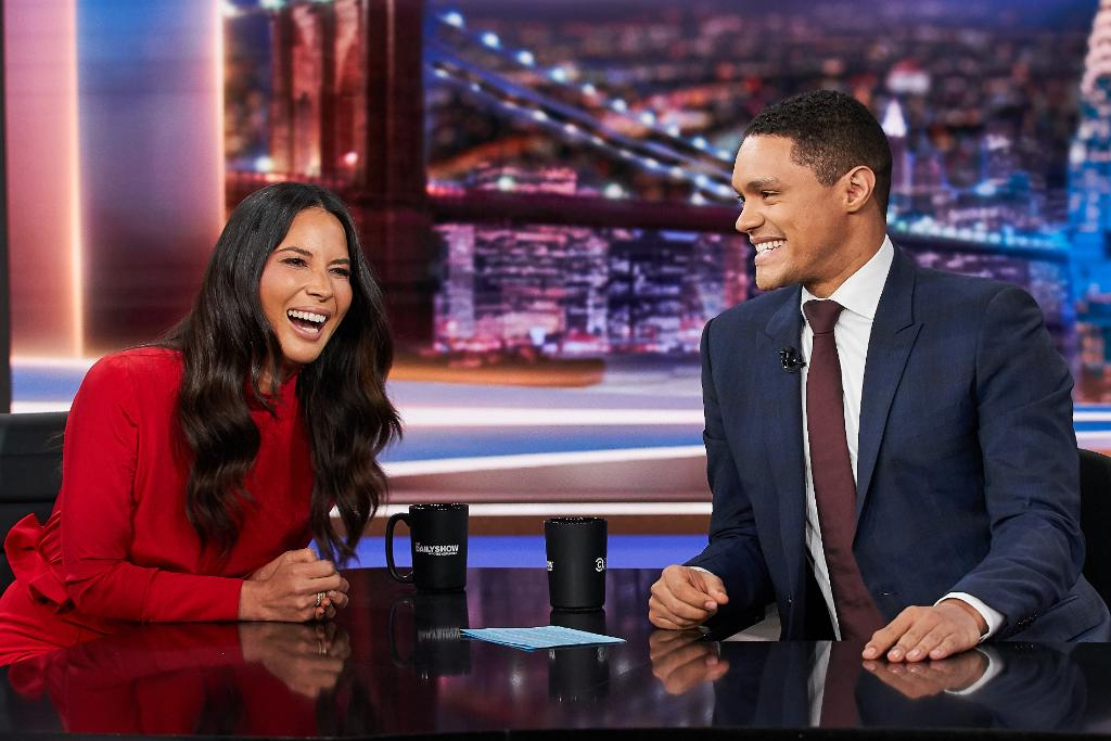 RT @TheDailyShow: TONIGHT: @oliviamunn is here to talk about her new show @TheRookSTARZ!  ????: @ruminasean https://t.co/7zka4wXlNt