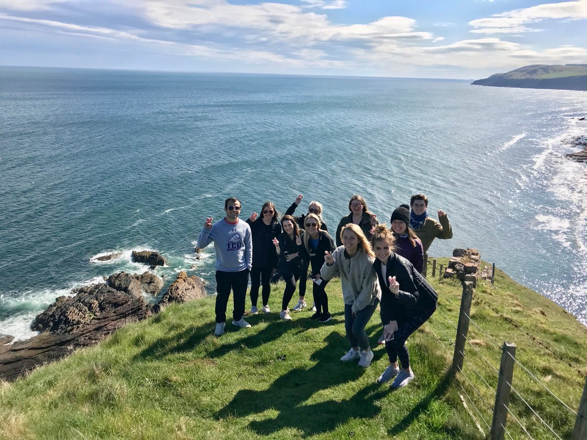 RT @TCUStudyAbroad: It's #FrogsAbroadFriday! Check out these frogs in Scotland this summer! https://t.co/ysd0yscWnt