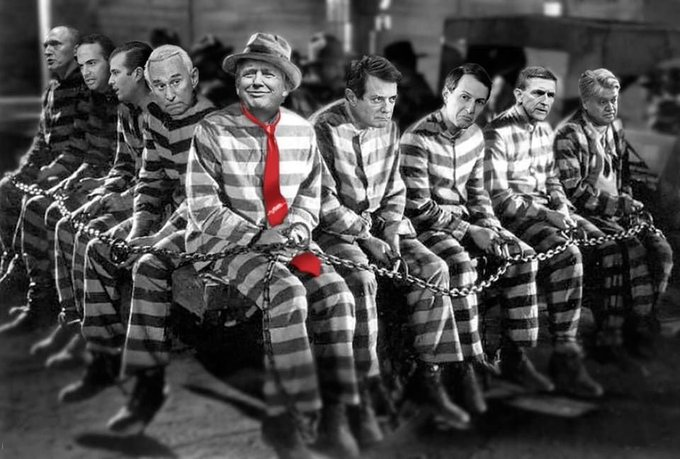 Birthday Party 2023 with Donald Trump and his close friends. Don\t they all look happy?