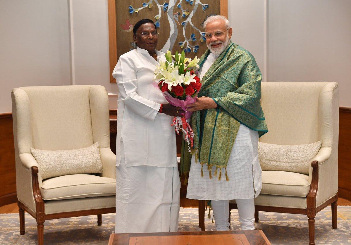 Shri @VNarayanasami, the CM of Puducherry called on PM @narendramodi. @CMPuducherry https://t.co/CDBG6bshFx